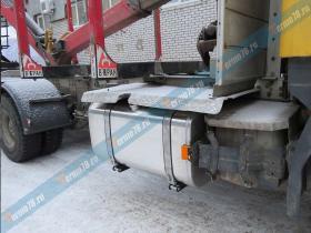 Установка топливного бака автокран